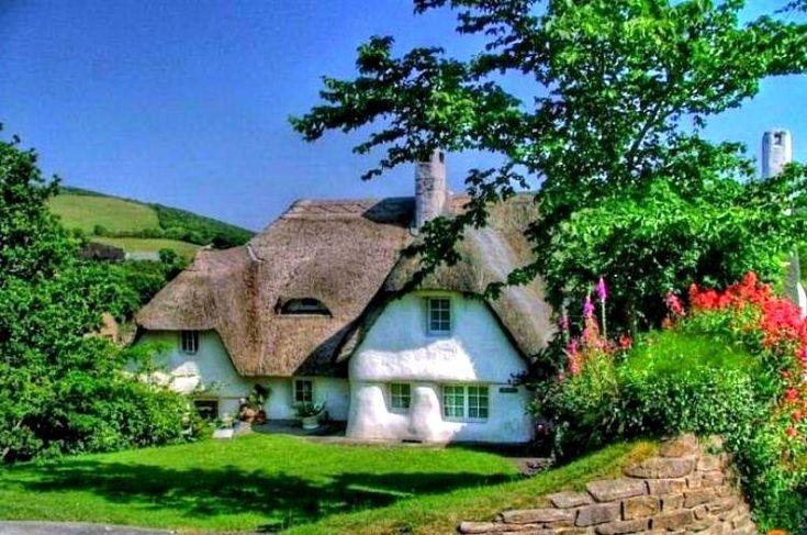 Belle ville tetti inglesi houses case casas pinterest for Case di cottage inglesi