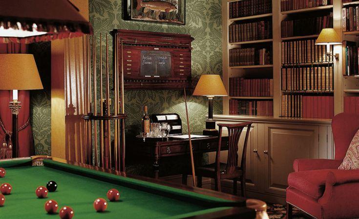 British gentlemen 39 s club google search lyric arts for Covent garden pool table