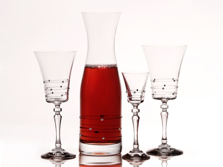 Ručne brúsené luxusné poháre a karafy www.crystal4europe.eu