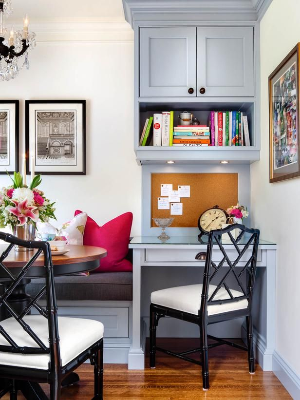 A small corner workstation makes this kitchen both stylish and multi-functional.Corner Workstations, Spaces, Kitchens Desks, Kitchens Design, Decor Ideas, Work Stations, Offices, English Cottages, Cottages Charms