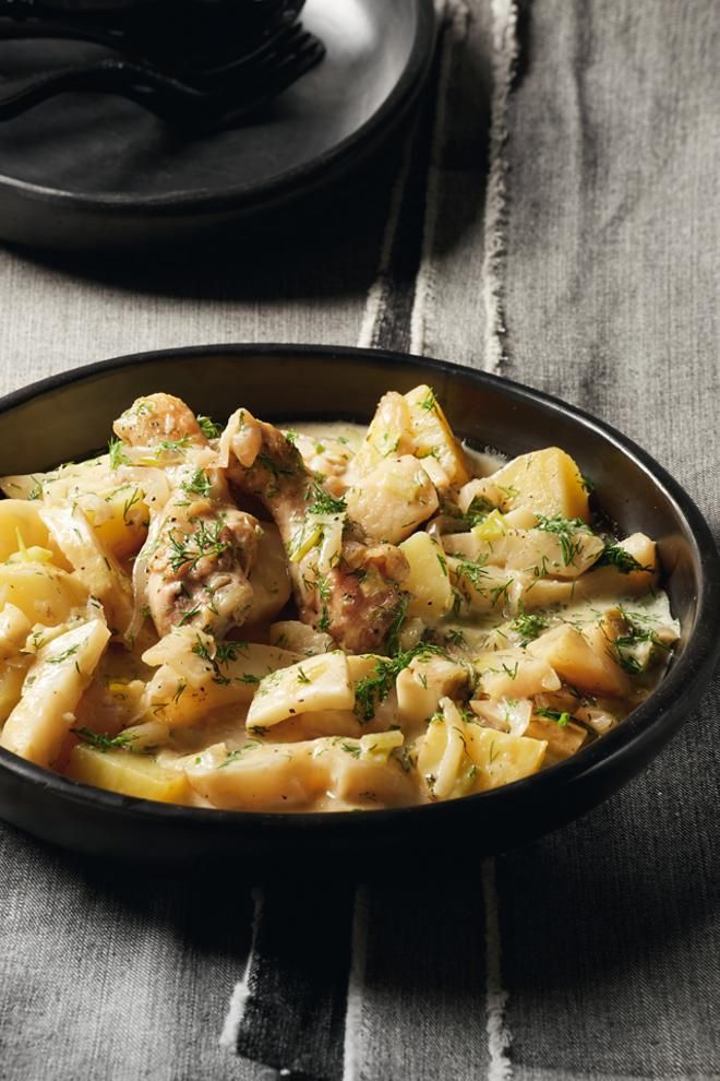 Κοτόπουλο+φρικασέ+με+σελινόριζα