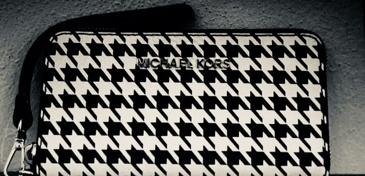 New  Micheal Kors Handbag / iPhone Case! - Mercari: BUY & SELL THINGS YOU LOVE