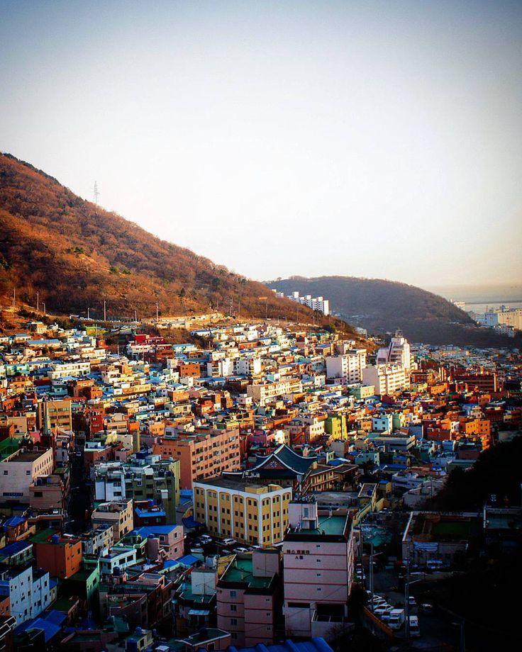 Gamcheon Cultural Village Busan South Korea. #beautifuldestinations #travelgram #instatravel #instavacation #instajourney #instatour #airheads #spottly #projectvacation #wanderlust #passionpassport #exploremore #travelmore #travelcaptures #travelpics #traveladdict #seetheworld #wonderful_places #packandgo #whimmsy #worldtraveller #traveltheworld #photography #earthfocus #earthoffical #southkorea #busan #kpop #korea #wheretonext by hk_travel