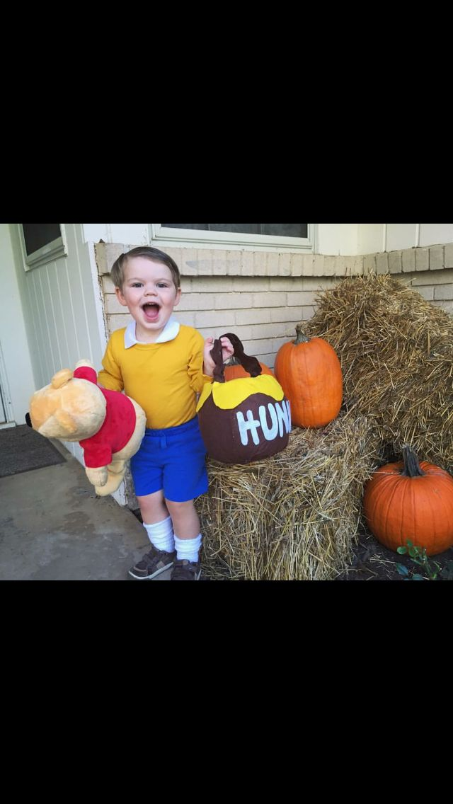 Christopher Robin Halloween costume DIY #halloween #winniethepooh #diycostumes…
