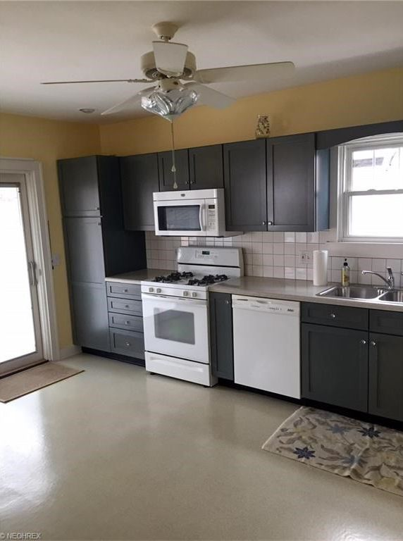 Https Www Zillow Com Homes 1511 8th St Cuyahoga Falls Oh