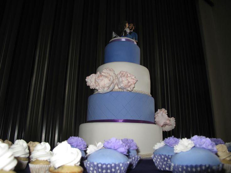 Torta bodas en tonos morados