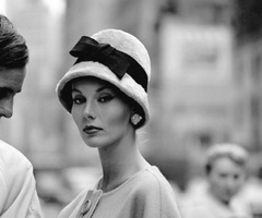 Lisa Fonssagrives.: Vintage Fashion, Vintage Hats, Jerry Schatzberg, New York, Lisa Fonssagrives, Photo, Black