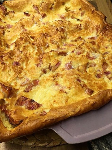 Godaste ugnspannkakan med bacon –