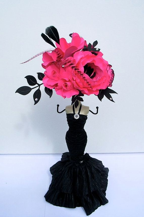 Sexe In The City Inspired - Paper Flowers - Bridal Shower  Hot Pink and Black Centerpieces by DragonflyExpression