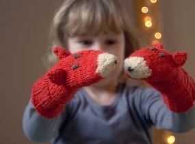 Fox mittens - Warm playful accessories for children - Children gift - Knitted fox gloves - Wool mittens in bright orange red