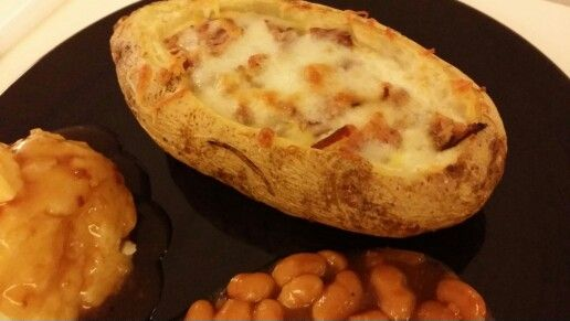Baked Potato with Bacon and Cheesecake