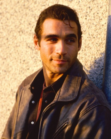 Adrian Paul - Reminds me of a younger Sean Connery here!