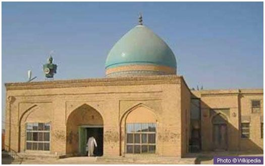 Tomb of Prophet Uzair (upon him be peace) This is believed to be the location of the grave of Prophet Uzair [Ezra] (upon him be peace). It is in the Amarah province in Iraq.  (more to follow)