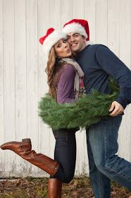 I think George would puke a little if I asked him to take any of these couples Christmas pictures! But I think they are cute....maybe I'll do them with my cat!