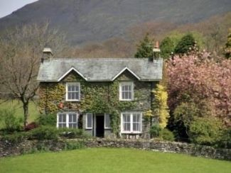 Home rental in Grasmere, Lake District, Cumbria, England. Sleeps 10-12 (5 bedrooms).