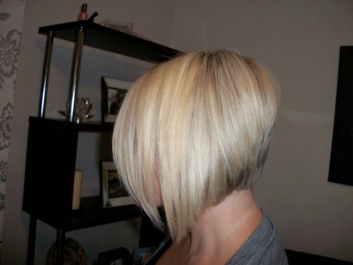 Best 25 Short Graduated Bob Ideas On Pinterest Blonde