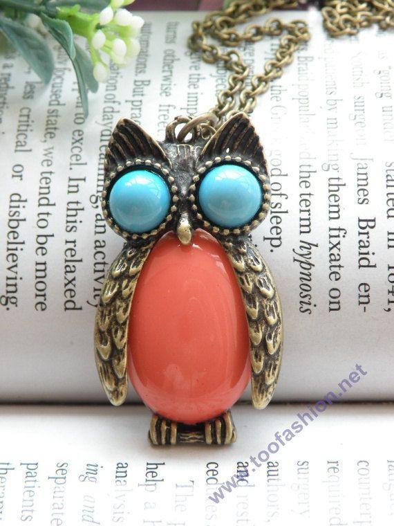 vintage owl!: Owl Pendant, Owl Necklaces, Retro Copper, Copper Owl, Blue Eyes, Vintage Owl Jewelry, Pretty Retro, Owls, Vintage Style