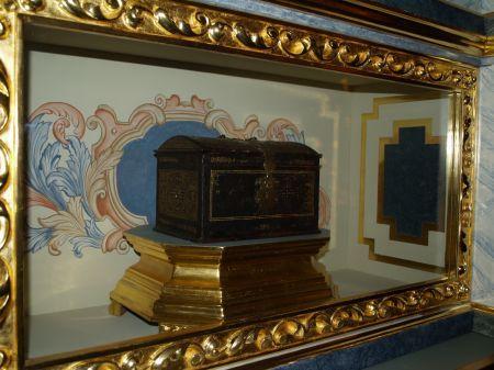 La casulla y la imagen del beato Ignacio de Azevedo (I) - El Apurón