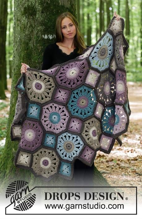 New Free Crochet Patterns! Get this pattern http://ift.tt/2tsJMGF Shop the yarn http://ift.tt/2tuPIfv