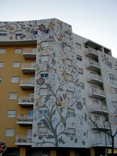 Grãos de Areia: Bordados de Castelo Branco nos prédios