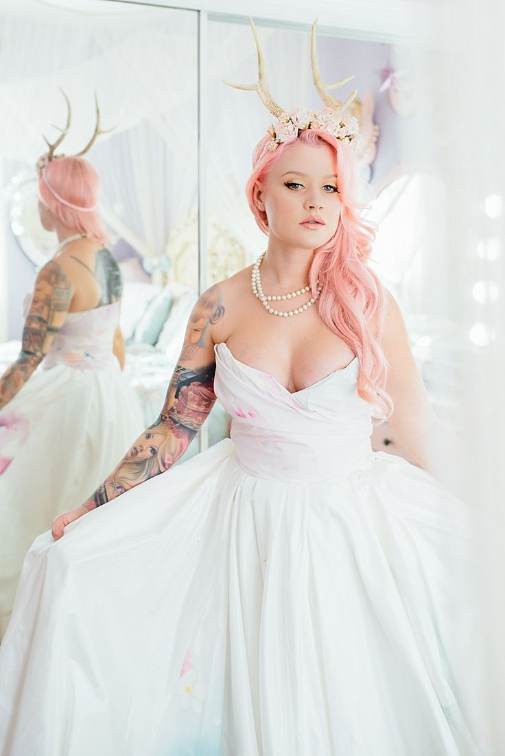 Bridal Inspiration: Getting ready with Kelly Eden in Hollywood, Dress by Claire La Faye