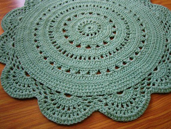 Tappeti - Rotondo pistacchio centrino tappeto all'uncinetto - un prodotto unico di CrochetFolkArt su DaWanda