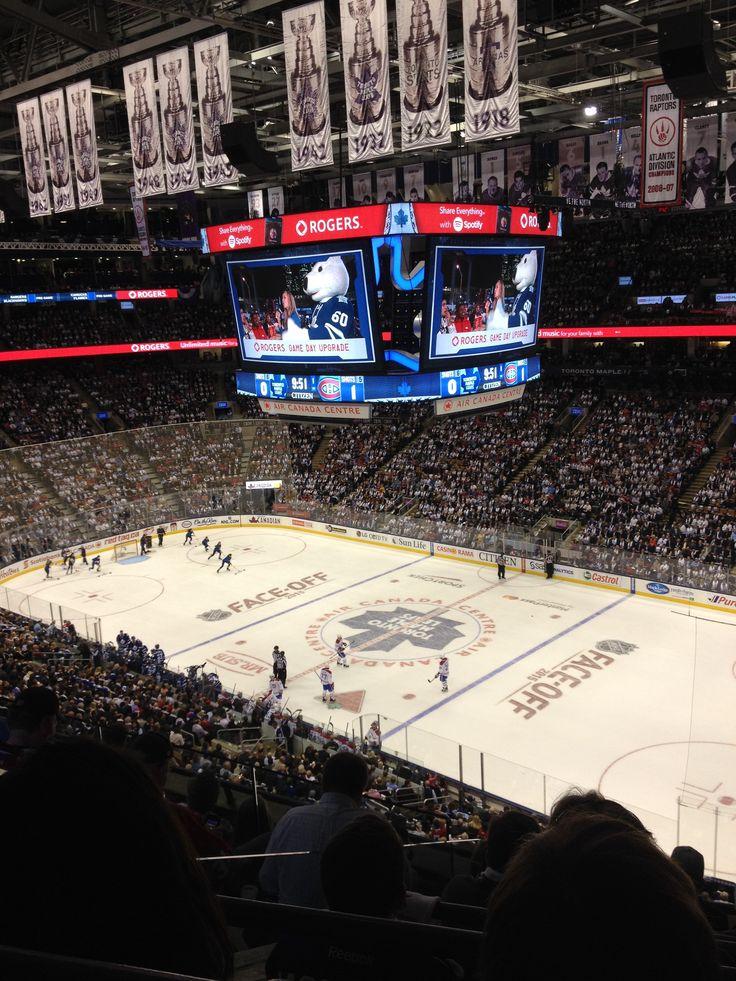 2015 Toronto Maple Leafs versus Canadians home opener - looks like we got a new huge jumbotron.