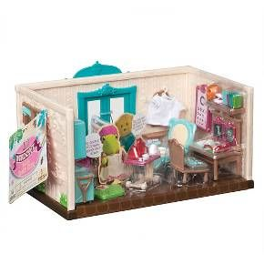 Li'l Woodzeez Medium Playset - Walk-In Health Clinic - The Healing Paws Health Center - $17.99