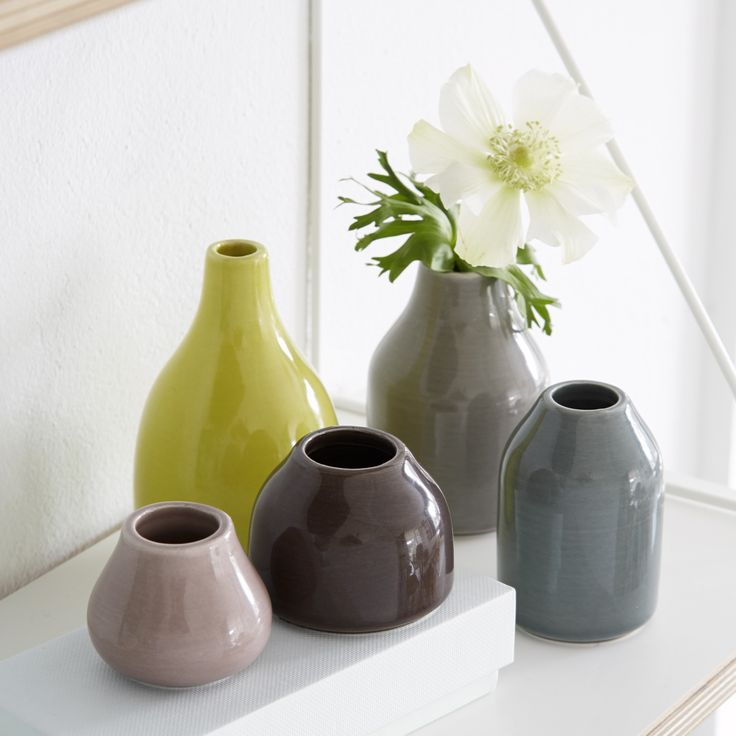 The Botanica Miniature vases fit perfectly in a windowsill, on a shelf, or as an integrated part of the table setting.