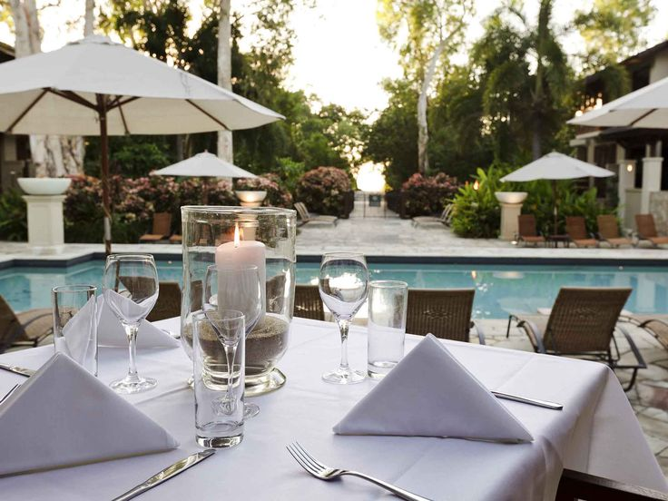 Pullman Palm Cove Sea Temple Resort and Spa - dining