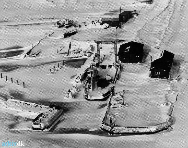 arkiv.dk   Askø Havn, Askø isvinteren 1978/79