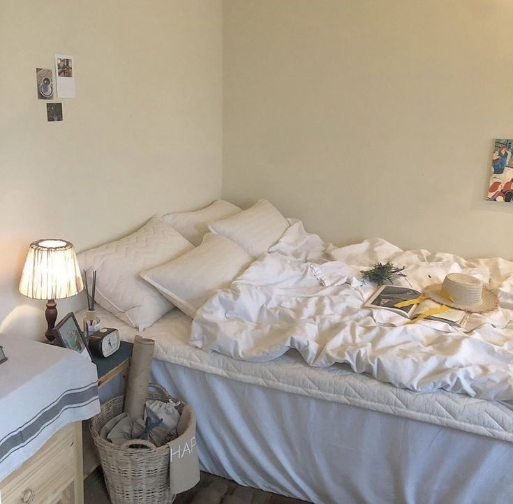 G E O R G I A N A Apartment Room Aesthetic Rooms Bedroom Decor