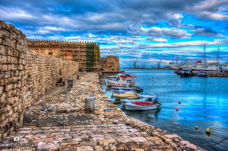 Heraklion port - koules castle and boats.