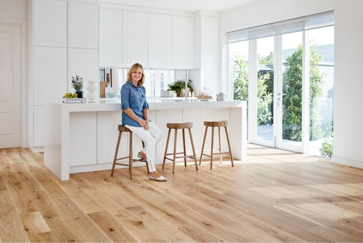 Carpet Court ambassador Shelley Craft has just launched her Real Living flooring range and chats with us about the range. Affordable and stylish flooring...