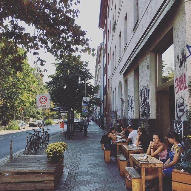 Sidewalk cafes in Berlin👌