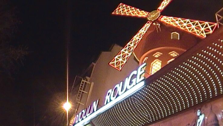 La magia del Can Can a Paris...Pigalle, France
