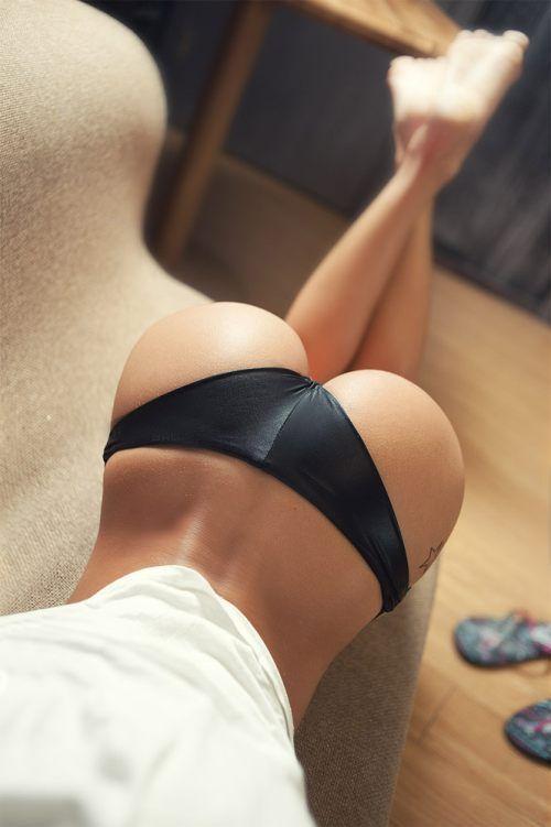 Girls perfect ass