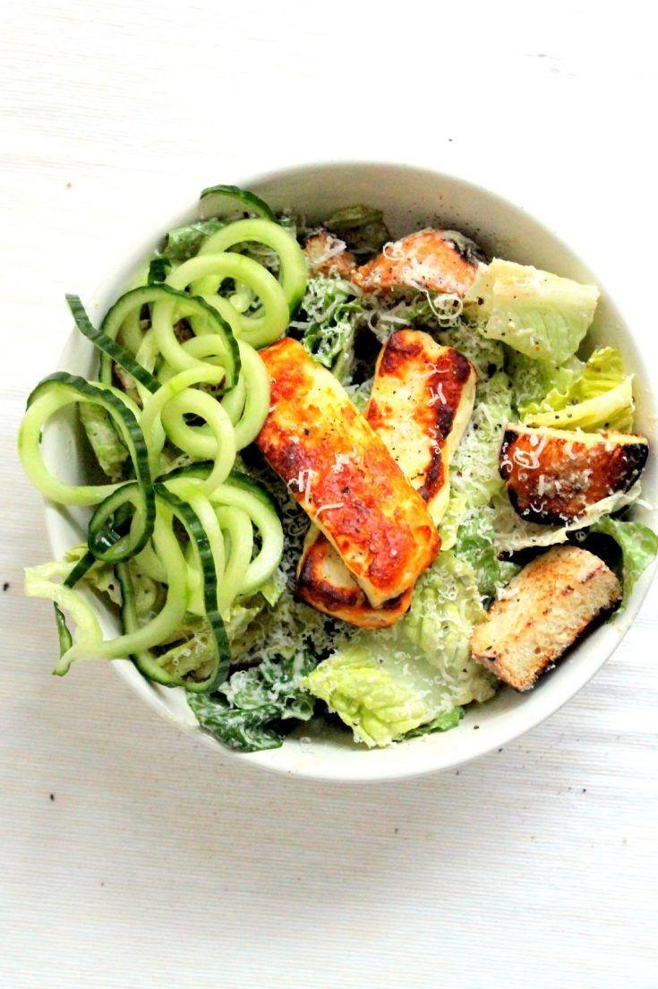Greek Yogurt Caesar Salad With Halloumi Recipe In 2020 Halloumi Veggie Dishes Veggie Fajitas