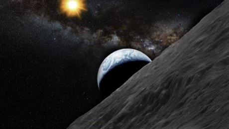 Az Apophist az egyiptomi mitológia egy démonáról nevezték el – az aszteroida 14 és fél millió kilométerre közelíti meg Földünket késő délután. Bár most biztosan nem ütközik velünk, kutatók szerint 2036-ban nagyon kevés esély van rá, hogy becsapódjon a bolygóra.