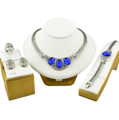 Poze Bijuterii turcesti cu cristale albastre http://www.bijuteriifrumoase.ro/cumpara/bijuterii-turcesti-cu-cristale-albastre-3392