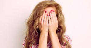 Les filles, vérifiez si votre prénom fait partie de la liste des 10  prénoms les plus timides