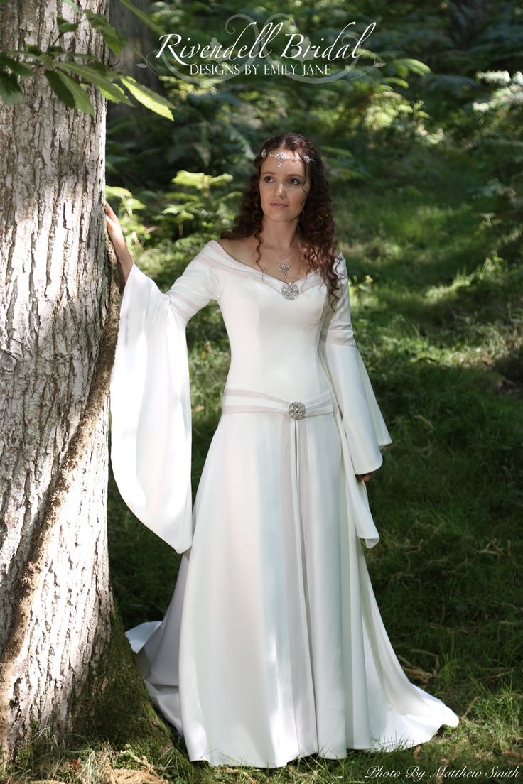 The 586 best Wedding dress ideas images on Pinterest | Getting ...