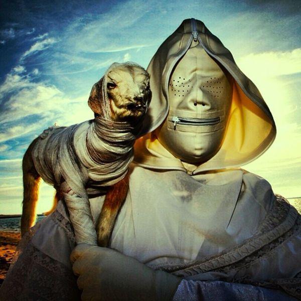 Surrealismus Bilder und Merkmale grusselig maske