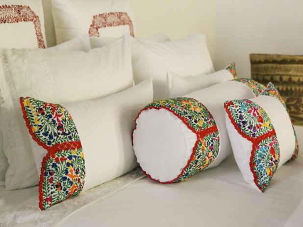 Mi Golondrina carries the Mexican craft of embroidery to bedding.