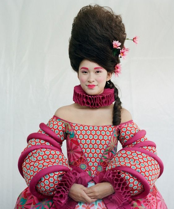 The Oscar should have gone to Eiko Ishioka for her incredible vision and creativity.  Blancanieves: el espectacular vestuario de Eiko Ishioka | Fashion Mix