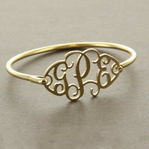 Want this bracelet! (with my initials of course)