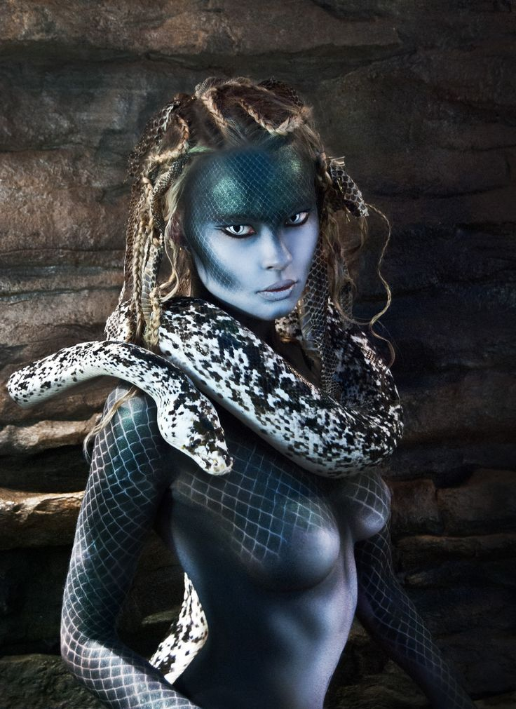 Niki Lazaridou - Freelance Photographer Model: Anna Aleksandra Jonynas MUA: Makeup by Anastasia Vladi Hair Styling: Hair by Christine Cassola Snakes Distributor: New England Reptile