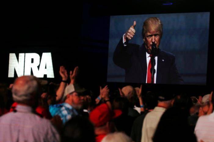 Trump pledges fealty to NRA gun lobby