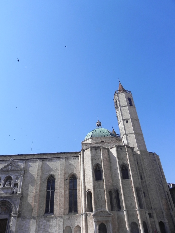 Ascoli Piceno - S. Francesco Church: this is a great picture of our important church on a Sunday morning. Do you like it?