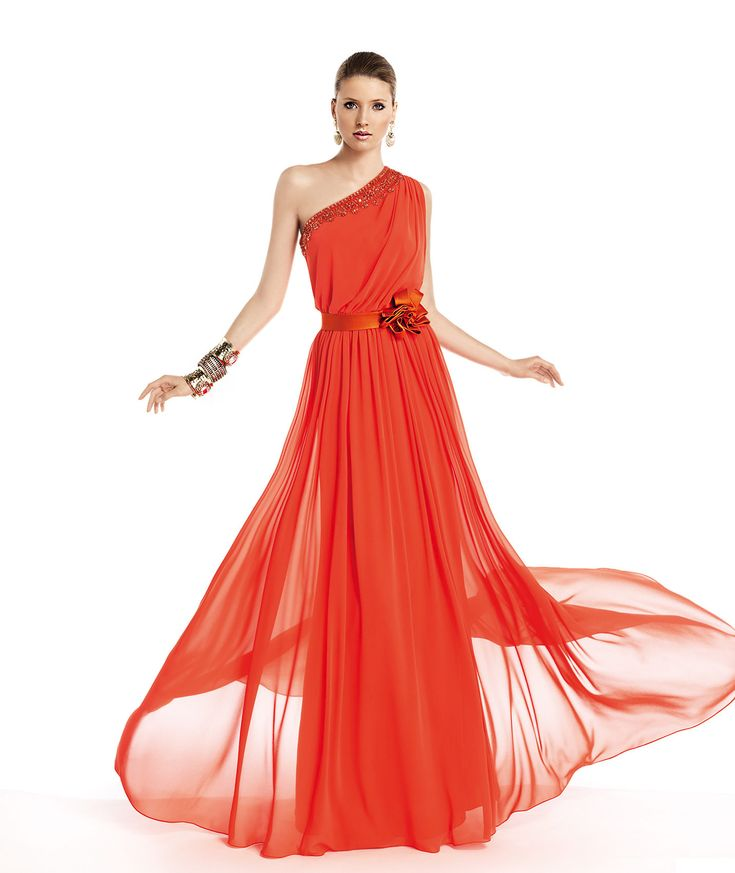 Pronovias präsentiert Ihnen das Modell Tamar aus der Kollektion Festkleider 2014. | Pronovias